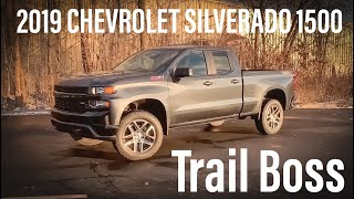 2019 Chevrolet Silverado 1500 TRAILBOSS Start Up, Review, and Walk Around