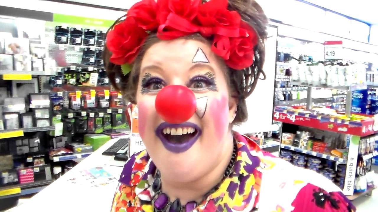 coffee chat with cinder red nose day edition week three 2016 we sell hot dogs youtube. Black Bedroom Furniture Sets. Home Design Ideas