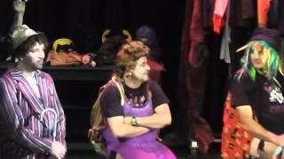 Partička [1080p HD] - Broadway - Párty - 10.11.13 (17:00)
