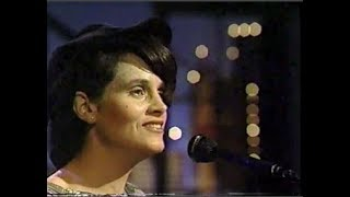 "Shawn Colvin, ""Diamond in the Rough"" on Letterman, May 22, 1991 (stereo)"
