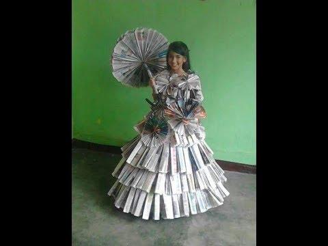 Vestidos hechos de diarios