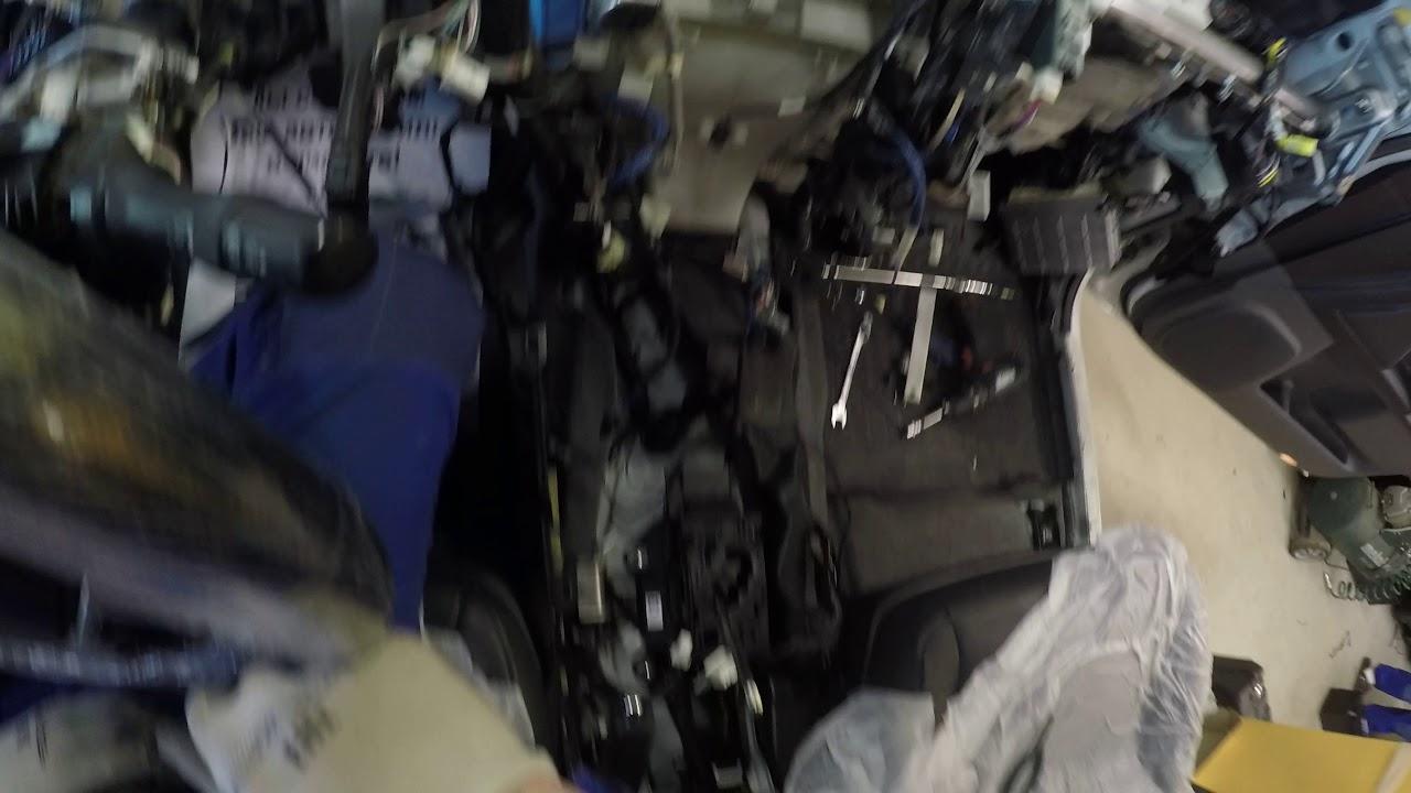 Защита от угона Toyota Land Cruiser Prado 150   Пример разбора салона для скрытой установки