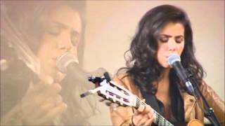 Katie Melua - Nine million bicycles [acoustic]