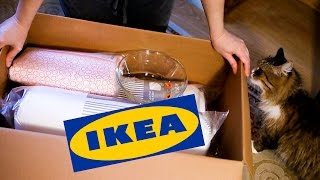 IKEA - ПОКУПКИ ДЛЯ ДОМА.   ПОСТЕЛЬНОЕ БЕЛЬЕ, ОДЕЯЛО, СТЕКЛЯННАЯ МИСКА, ПОДУШКИ.  КОШКА АТАКУЕТ!!))