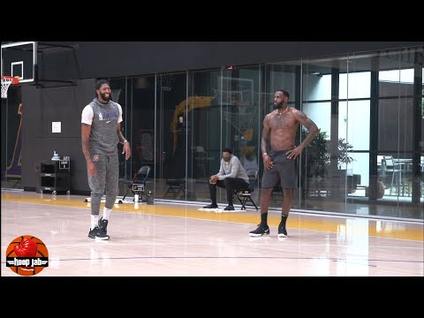 Greybeard Lebron working out at Lakers practice
