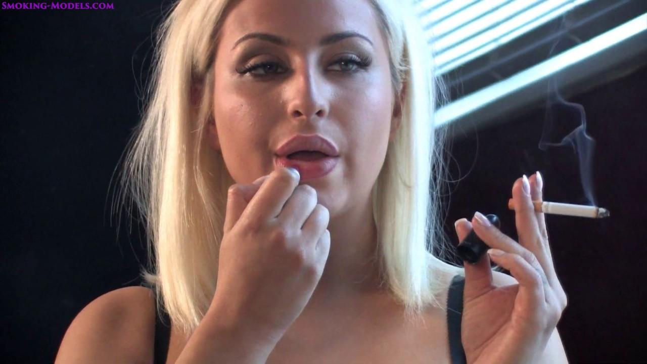 Smoking-models.com