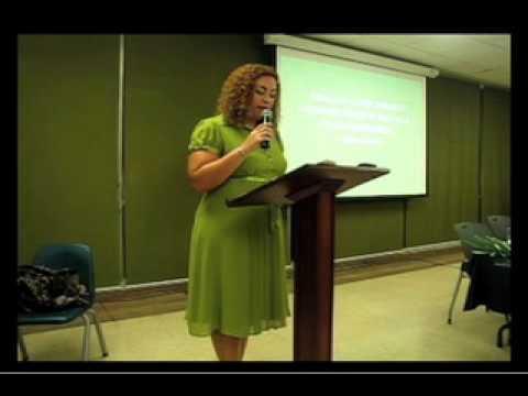 Presentación Libro Estallido de la Dra. Loreina Santos Silva