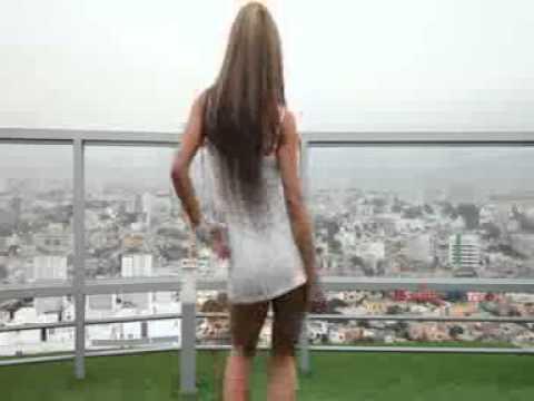Las piernas de una nena en la combi yuc urbano - 1 part 10