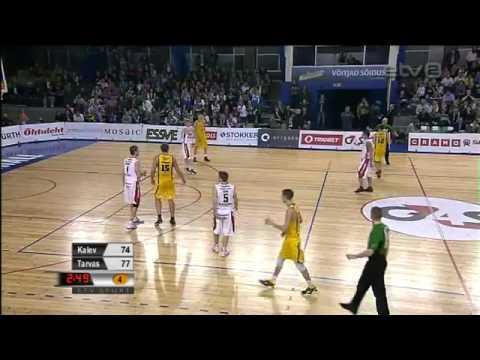 amazing-behind-the-back-basketball-shot