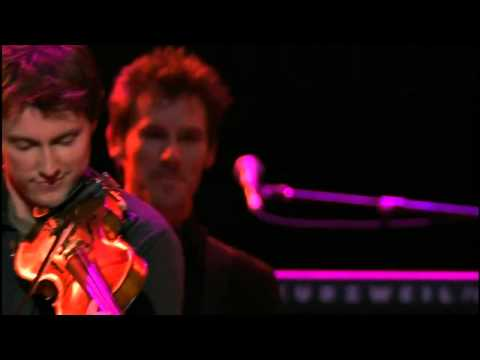 looking-out-my-back-door-2009---john-fogerty