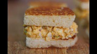 목 넘김이 엄청 부드러운 샌드위치 그리고 식빵 테두리 …