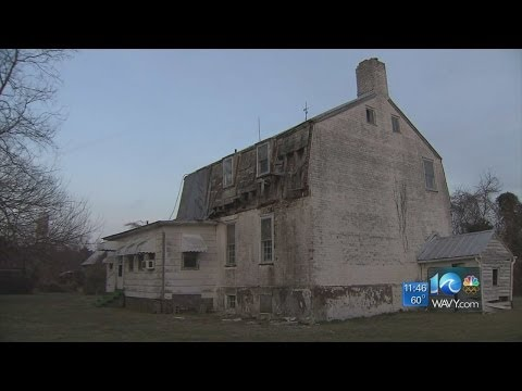 Lauren Compton reports on historic house fight in IOW