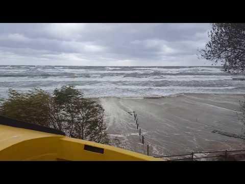 Potężny sztorm na Bałtyku. #sztrom #stegna #morze #bałtyk