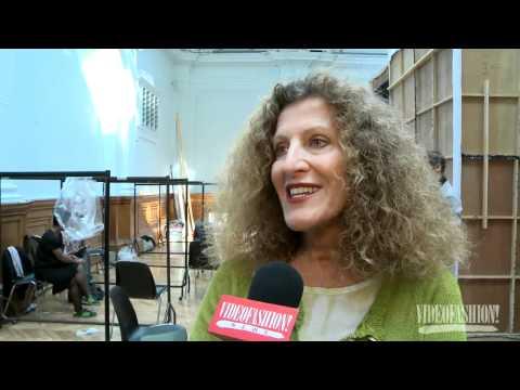 Nicole Farhi - S/S 2012 - Videofashion