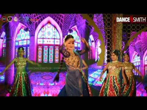 Ms  Sushmita Performing In Nazrana Show On Nazar Lagi Raja With DanceSmith