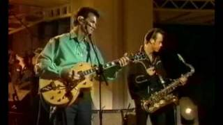 "Chris Isaak ""Baby did a bad bad thing"""