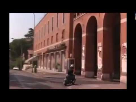Caro diario (1993) di Nanni Moretti - Il quartiere che mi piace più di tutti è la Garbatella