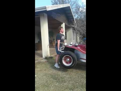 19 year old  deadlifting  a beach buggy for the first time