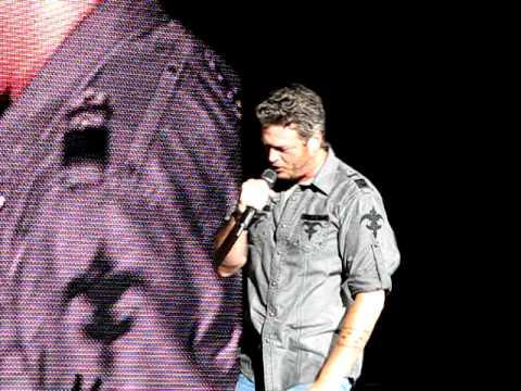 Blake Shelton - Banter + Centerfold, My Prerogative, Funky Music -- 9/10/11 WPB, FL