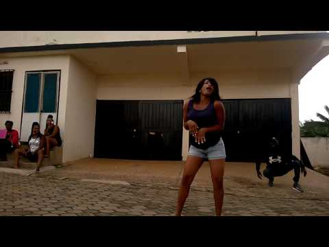 Nigerians murder South African dance step Gwara Gwara (aii zenze) *Subscribe*