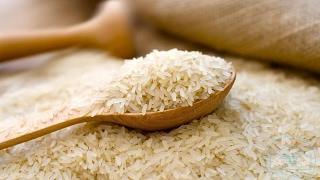 دراسة علمية تشدد على أهمية نقع الأرز قبل طهيه