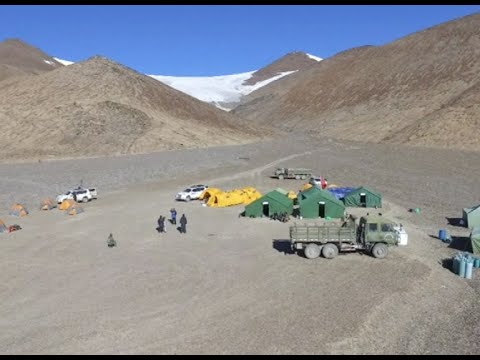 International Expedition Carries Drilling Supplies to Guliya Ice Cap 6,000 Meters above Sea Level