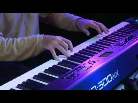 RD-300NX Digital Piano Overview