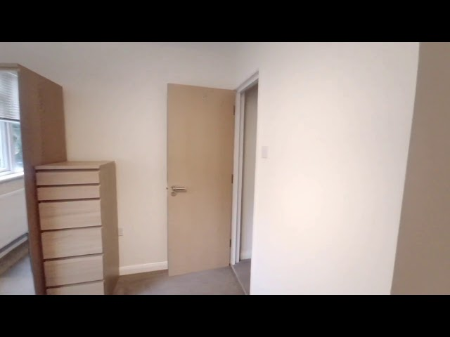 🏡4 Modern Bedrooms on Mill Close Main Photo