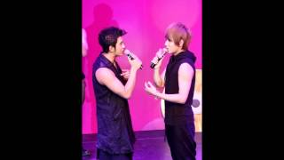 [120409] M.I.C Cheek Kissing @ Music Radio Get-Out-The-Vote Concert (FanCam 02)