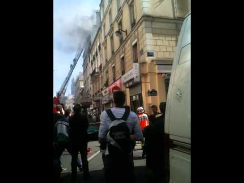 Incendie Paris 10 - 17mai 2011 Vu D'en Bas