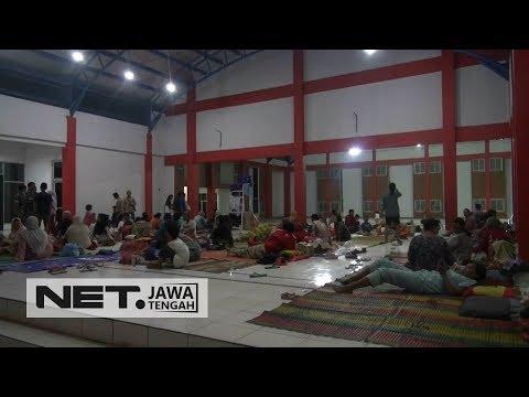 Banjir Semakin Tinggi, Posko Pengungsian Semakin Padat - NET JATENG Mp3