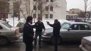 """""""Белого царя"""" расстреляли в голову на парковке. Real video"""