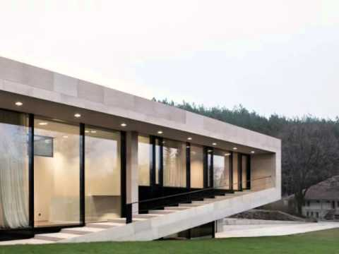 Long Span Modern House Design In Slight Slope Areas By I O