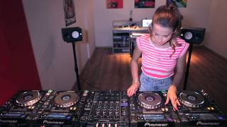 Juicy M 4 CDJs NEW 2014