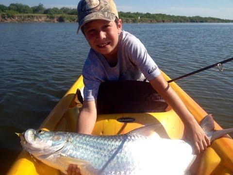 TROPHY Texas Tarpon And Snook From Kayak!