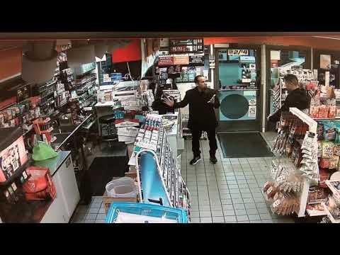 Off-duty officer pulls