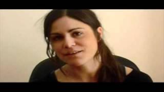 SYKT LYKKELIG (HAPPY, HAPPY) - ANNE SEWITSKY