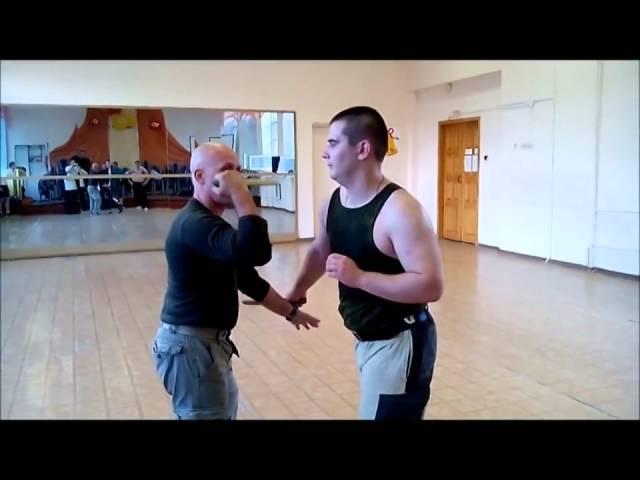 Упражнения с ножом  Спарринги разными хватами