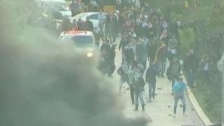Palestinian protesters, Israeli troops in violent clash