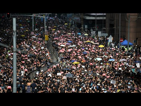هونغ كونغ: نحو مليوني متظاهر لإلغاء مشروع قانون تسليم المطلوبين للصين  - نشر قبل 2 ساعة