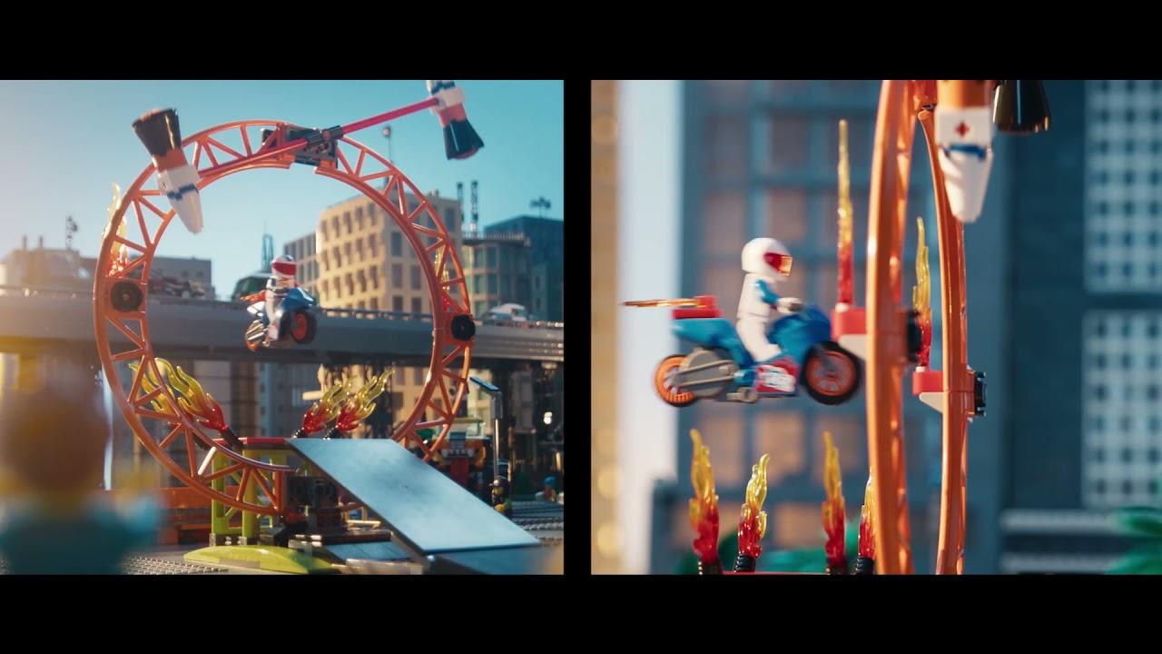 【スタントチーム新登場!】レゴシティにアクションヒーローがやってきた! 15秒篇