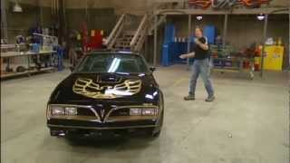 Stacy David drives 1977 Bandit Pontiac Trans Am Burt Reynolds Ed. on GearZ (HD)