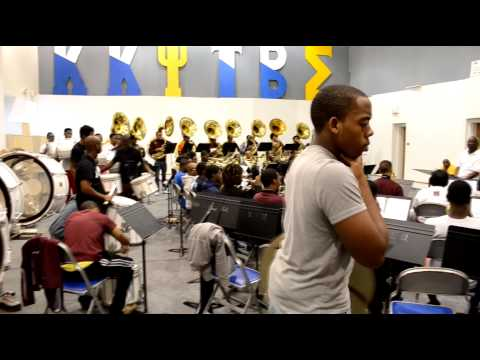 Morehouse College Marching Band 2013 - Body Party