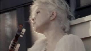 Cyndi Lauper - She Bop (The Body Acoustic Version)