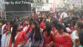 beautiful jharkhandi tribal girls sarhul dancing nagpuri song chal chal pani ke gagaria