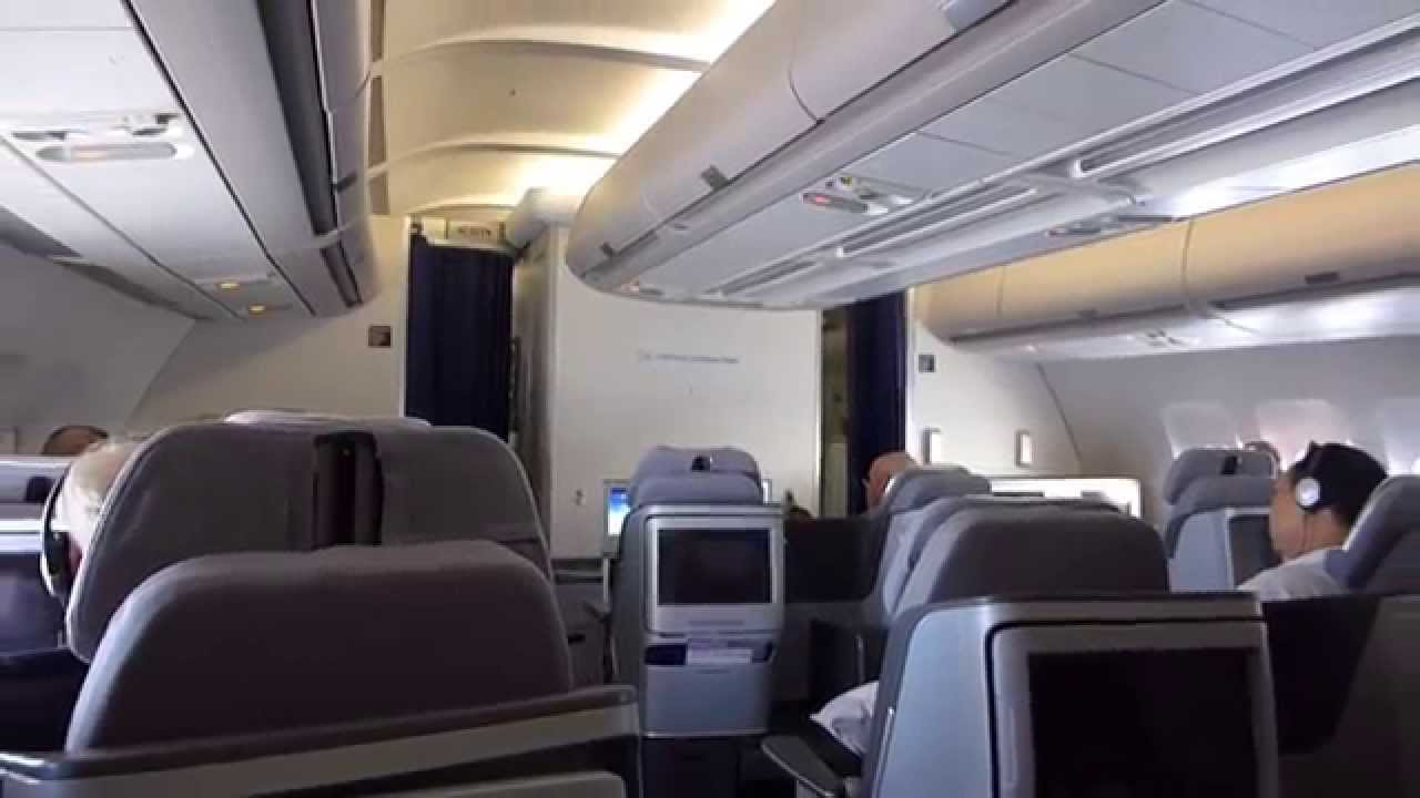 Lufthansa business class bangkok frankfurt lh773 a340 300 for Interieur airbus a340 600