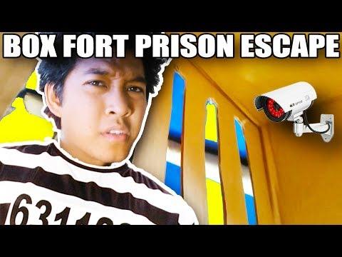 24 HOUR BOXFORT PRISON ESCAPE ROOM!!📦🚔