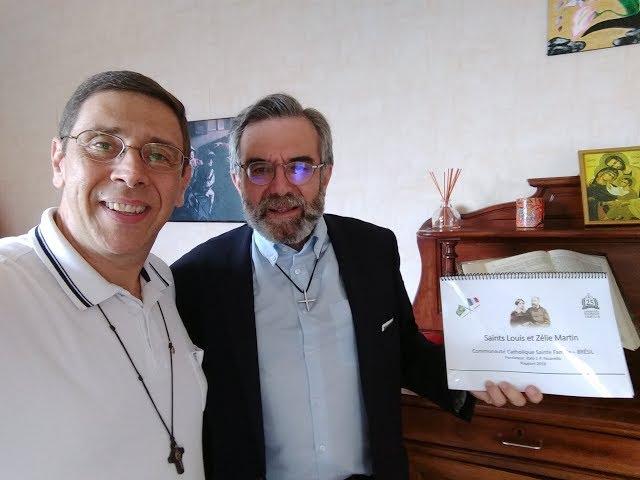 Entrevista (português/italiano) com Padre Thierry - parente de S. Luís Martin, pai de Sta Teresinha