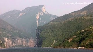 Yangtze River Cruise, Qutang Gorge - China Travel Channel