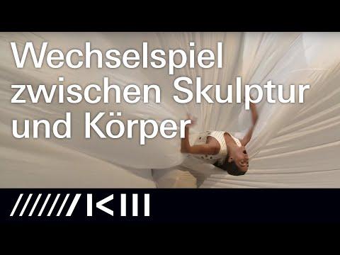 Cloud  | Sasha Waltz | Installationen Objekte Performances